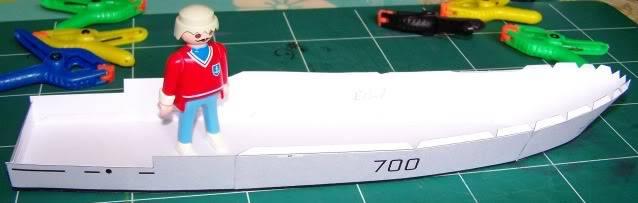 MCVD classe Kingston - maquette en papier - échelle 1:200 MCVD1