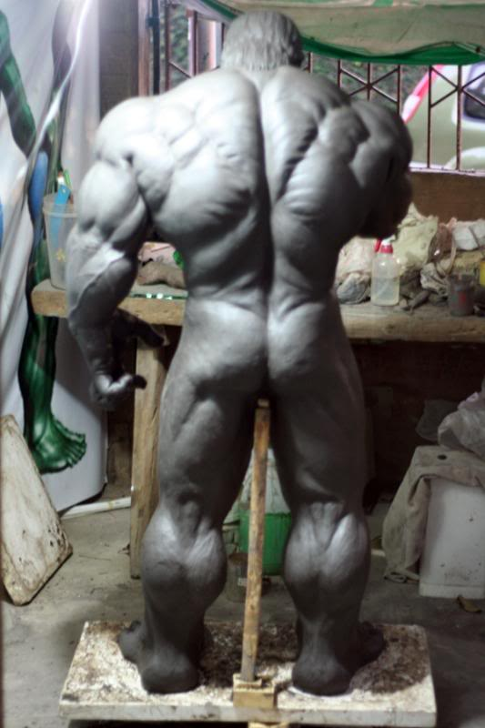 my collection 1/2 scale HULK has new pants, whats your opinion, better or worse?? - Page 2 IMG_9015
