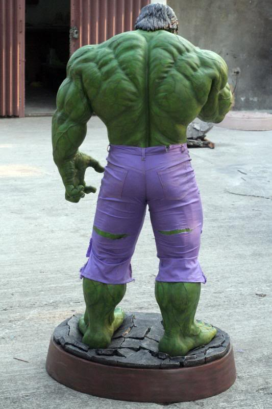 my collection 1/2 scale HULK has new pants, whats your opinion, better or worse?? - Page 2 IMG_9406