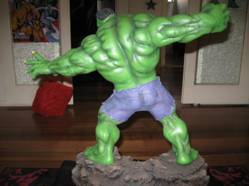 my collection 1/2 scale HULK has new pants, whats your opinion, better or worse?? - Page 2 Hmhulk001