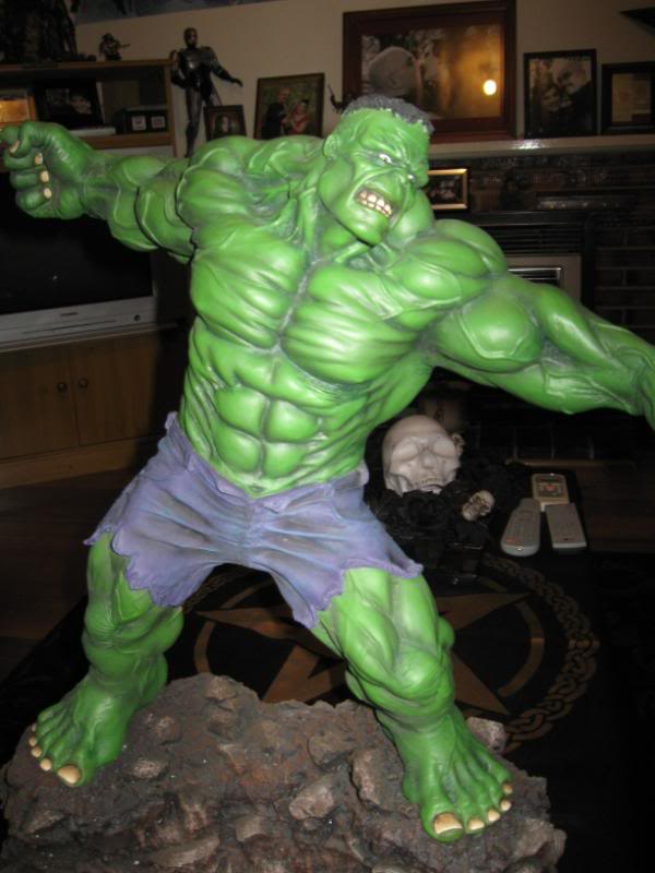 my collection 1/2 scale HULK has new pants, whats your opinion, better or worse?? - Page 2 Hmhulk006