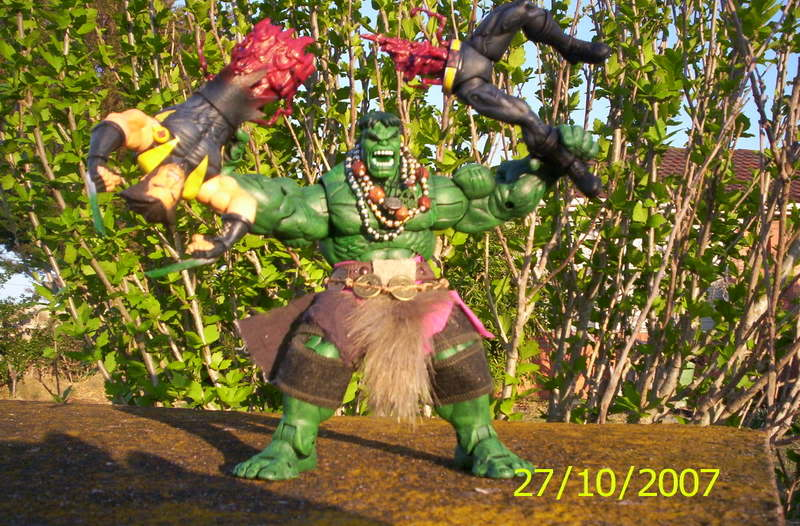 my collection 1/2 scale HULK has new pants, whats your opinion, better or worse?? Newhulk011