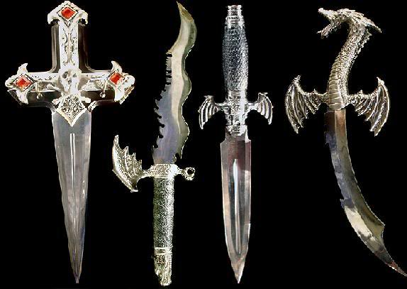Monoki's weapons Daggers