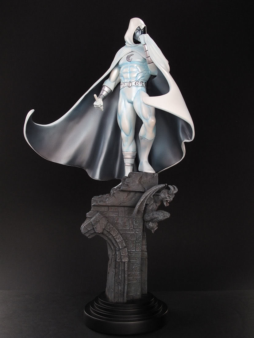 Batman custom à partir d'une statue de Moonknight de Bowen IMG_0880