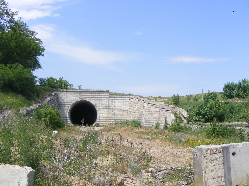 Proiectul caii ferate Harlau- Botosani DSCF3868_zpsonjhrnwq