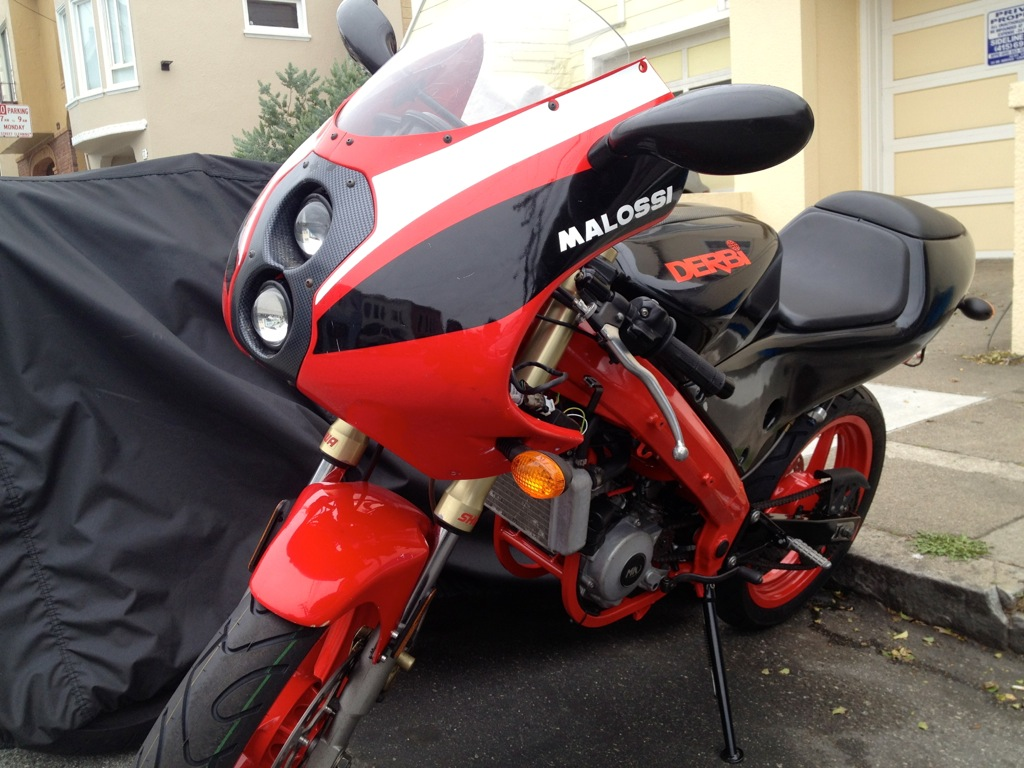 Derbi GPR 2000 - The Red Power In San Francisco File_zps49e1c7e9
