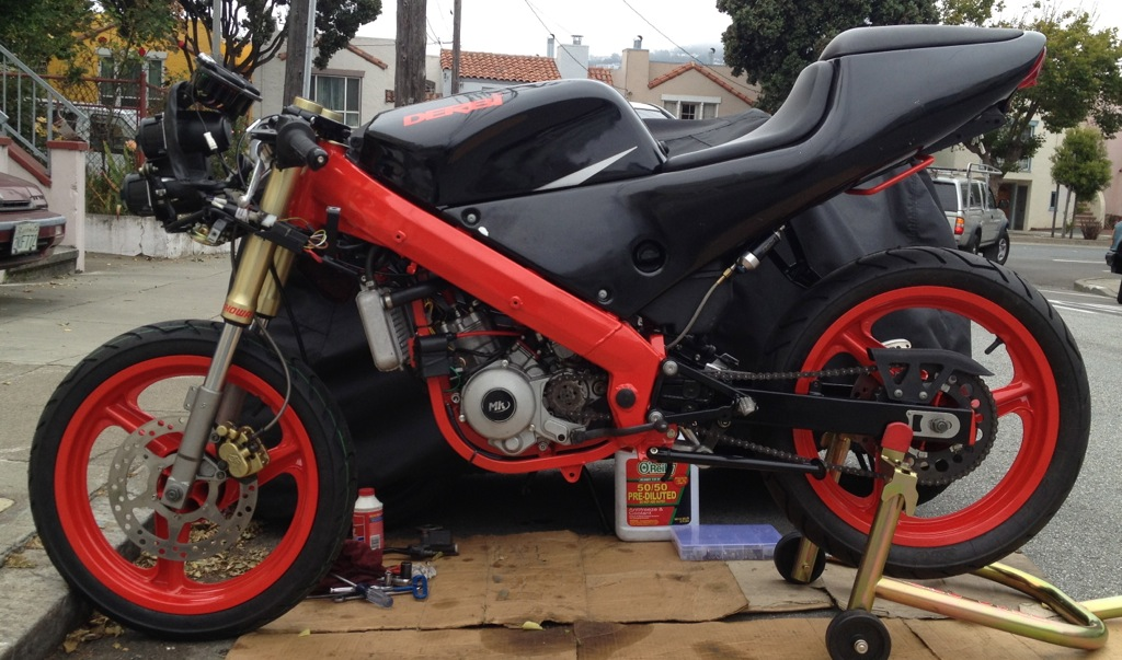 Derbi GPR 2000 - The Red Power In San Francisco File_zps9e7c60ec