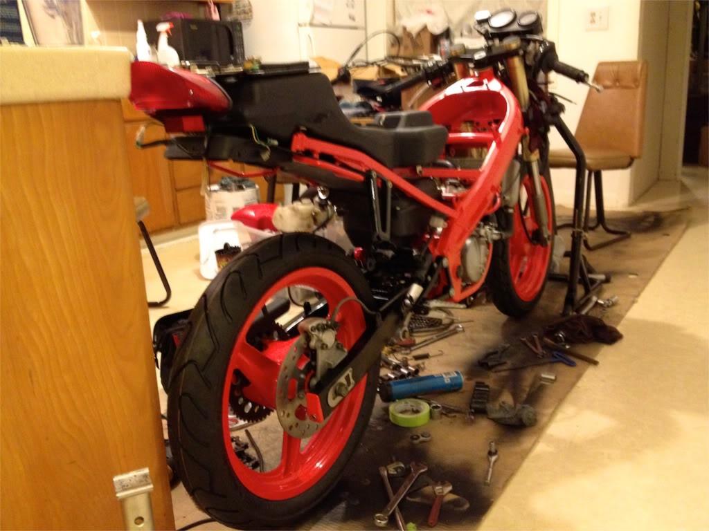 Derbi GPR 2000 - The Red Power In San Francisco File_zpscb5897af