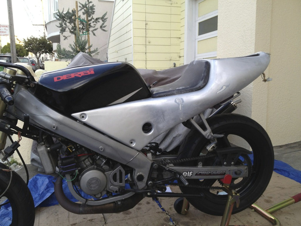 Derbi GPR 2000 - The Red Power In San Francisco File_zpsf3aa6ad7