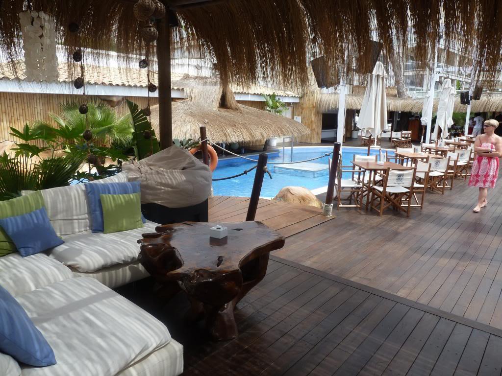 Beach Club P1020606_zps4aedf4cf