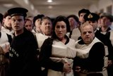 Titanic (2012; ITV) Th_20062279_jpg-r_760_x-f_jpg-q_x-20120321_053218