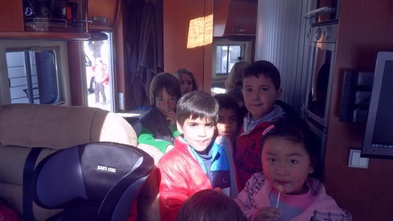 CaiEscolinhas SAM_2163