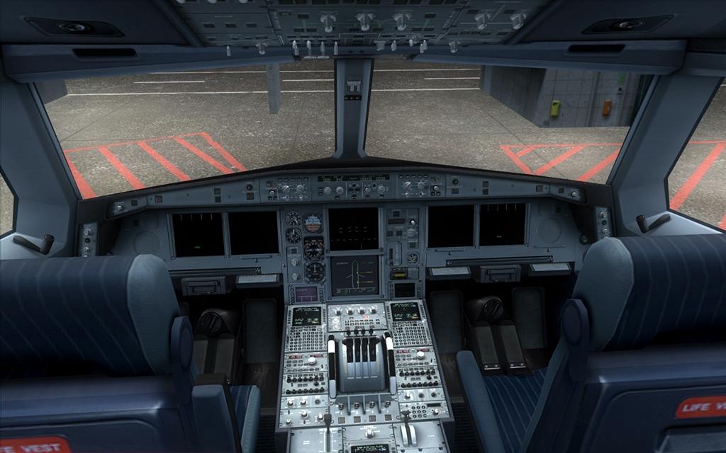 Iberia A340-600 01-6