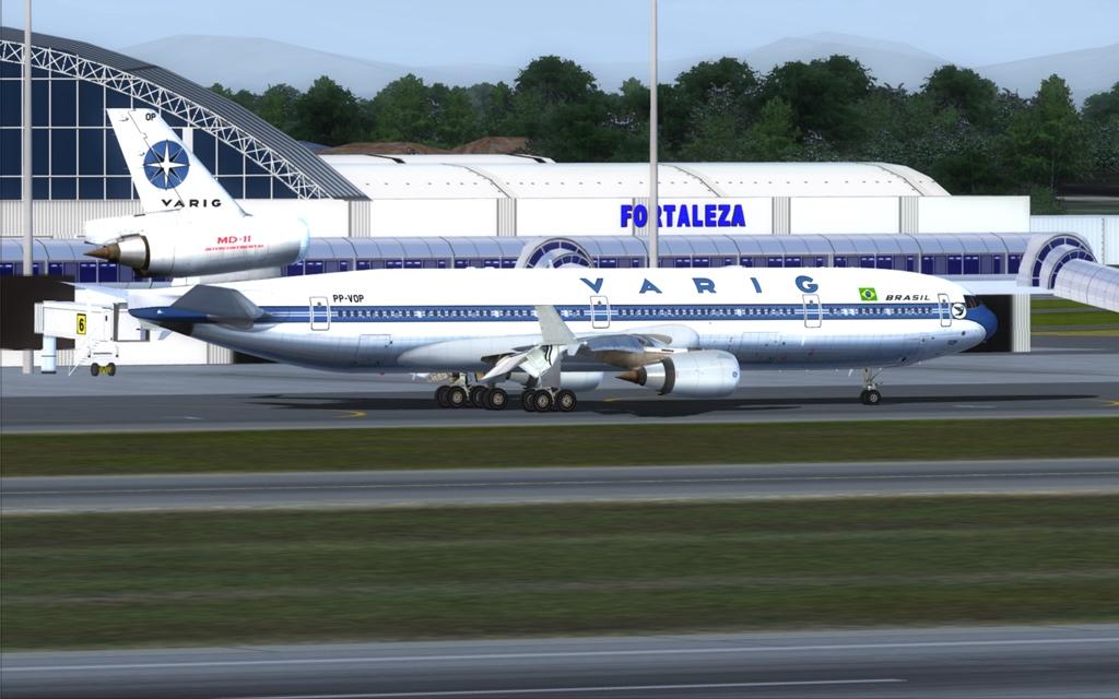 Velha Varig - Saudades MD-11 01_zpsc47045e2