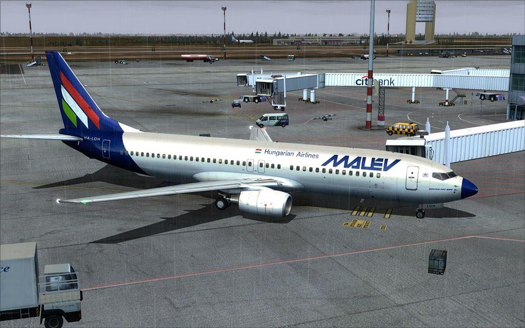 Boeing 737-800 Malev 02-12