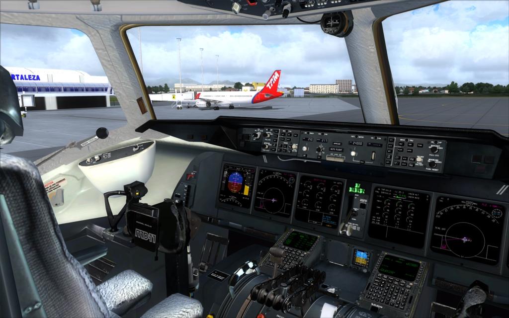 Velha Varig - Saudades MD-11 02_zps78fa030d