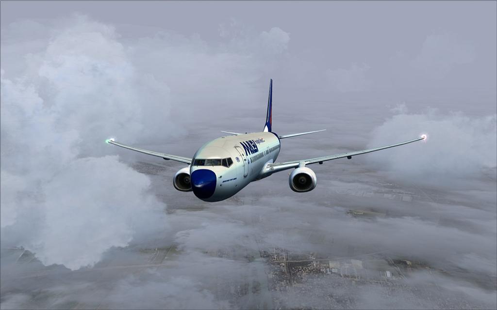 Boeing 737-800 Malev 08-12
