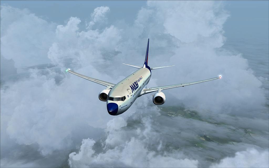 Boeing 737-800 Malev 10-12
