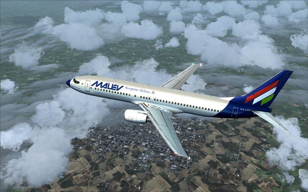 Boeing 737-800 Malev 12-12