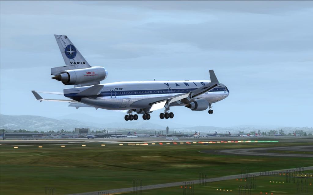 Velha Varig - Saudades MD-11 14_zps0e6ef8ea