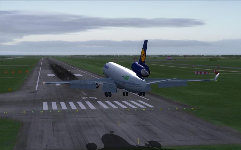 Lufthansa Cargo 16_zps38b1dc73