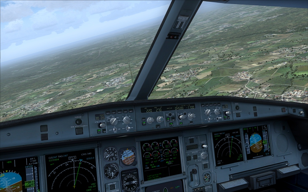 Iberia A340-600 17-6