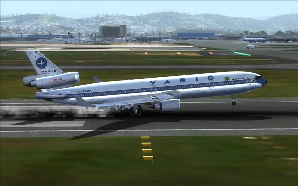 Velha Varig - Saudades MD-11 17_zps4c47b16b