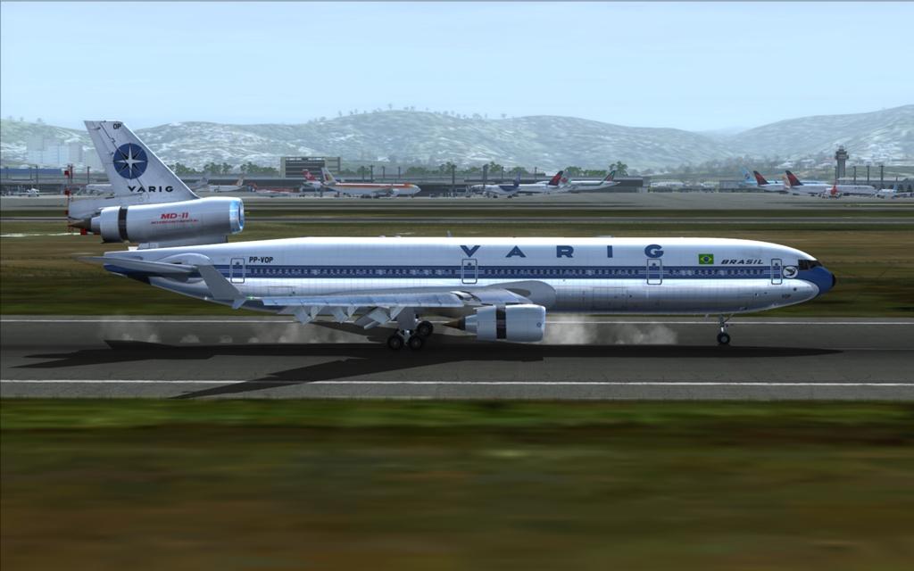 Velha Varig - Saudades MD-11 18_zpsc9945a9d
