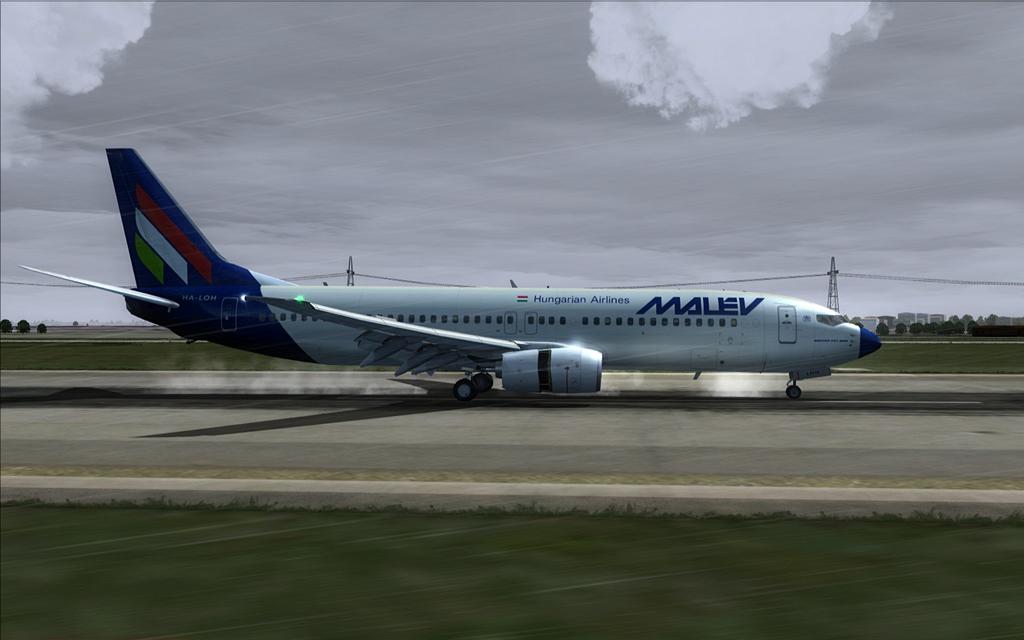 Boeing 737-800 Malev 19-12