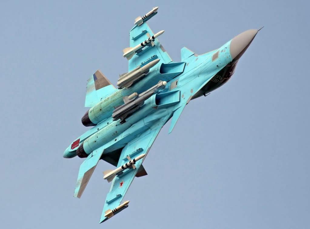 SU 32/34 fullback Su-34-1