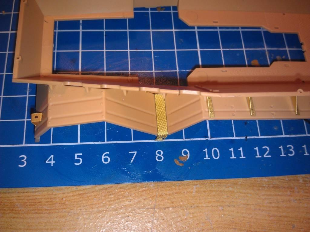 gepanzerte 12T (SDKFZ 8 DB10) trumpeter 1:35 IMAG2303