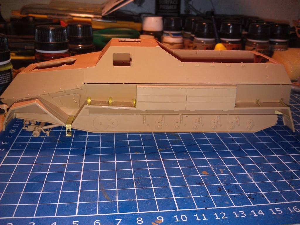 gepanzerte 12T (SDKFZ 8 DB10) trumpeter 1:35 IMAG2309