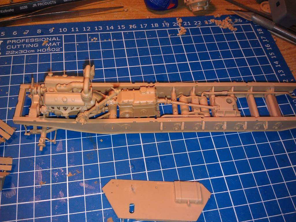 gepanzerte 12T (SDKFZ 8 DB10) trumpeter 1:35 IMAG2316