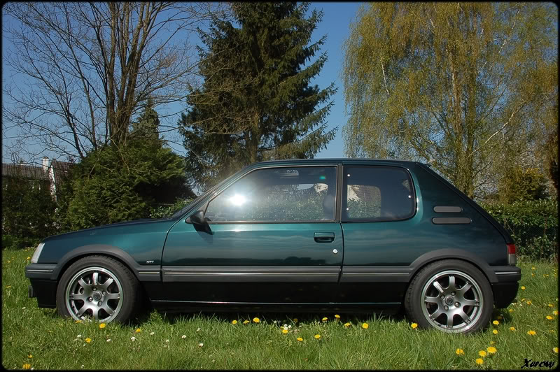 [Xerow] 205 Gti RS Vert Sorrento (Ligne Inox  page19) - Page 16 66c65fe1ff27874475083995ccff8860_zps111d4feb