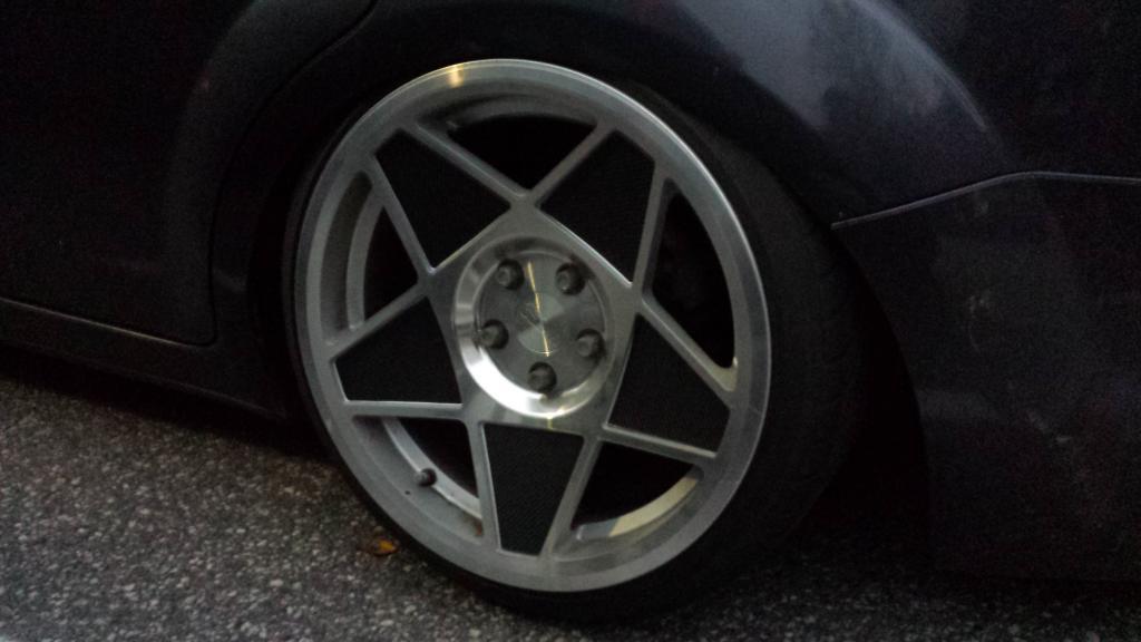Tontza: Ford Focus bagged // Rocketbunny Skyline R32 GTR (FATSUN)  20141005_185735_zps4af4d692