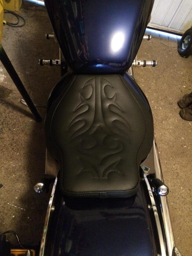 New seat from Motorrad Burchard IMG_0271_zps8798cde5