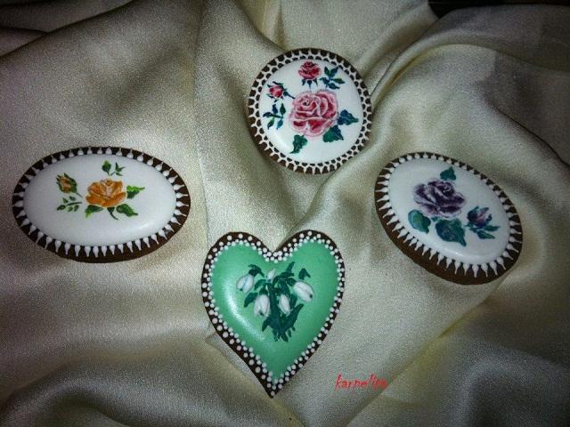 Biscotti decorati con ghiaccia reale Biscottidecorati_zps175e43b2
