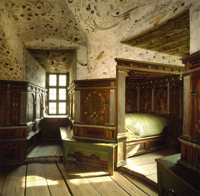 Pics of places that look like places from the films, or are just nice. [3] - Page 2 Gripsholm%20castle_zpsjpafgaed