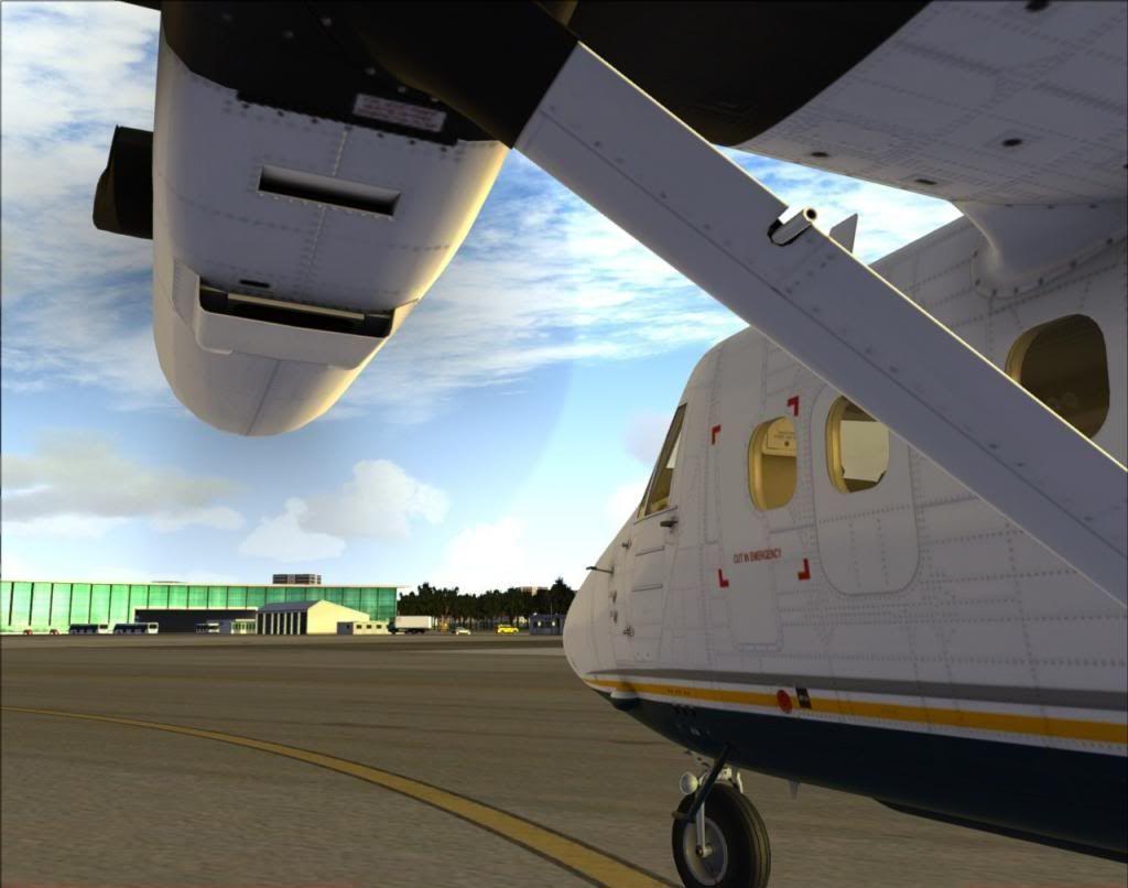le hangar s'agrandi 13_zps632a97c6