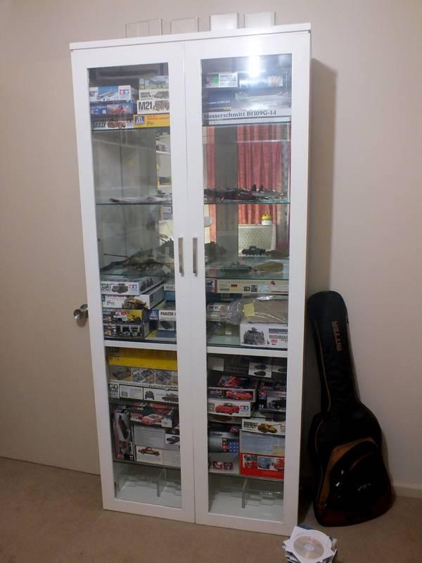 My Modelling Room 120413005A_zps1b4d02d8