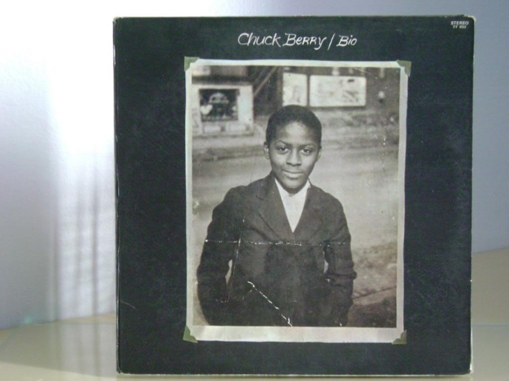 photo chuck-berry-bio_MLB-F-2971944779_072012_zps0efa03b8.jpg