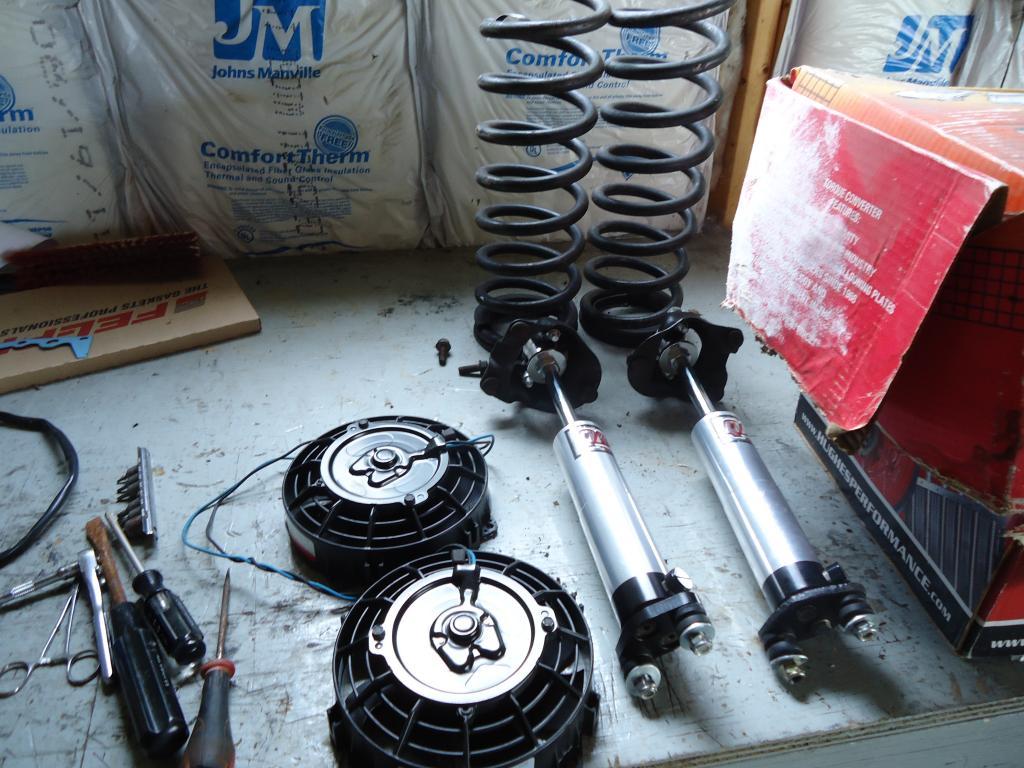 Garage sale.Converters,headers,suspension parts etc. DSC00920_zps271940df