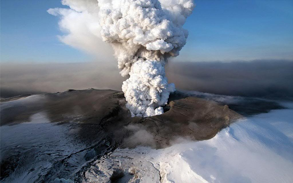 photo Volcanoes-in-Iceland_zps7afc9076.jpg