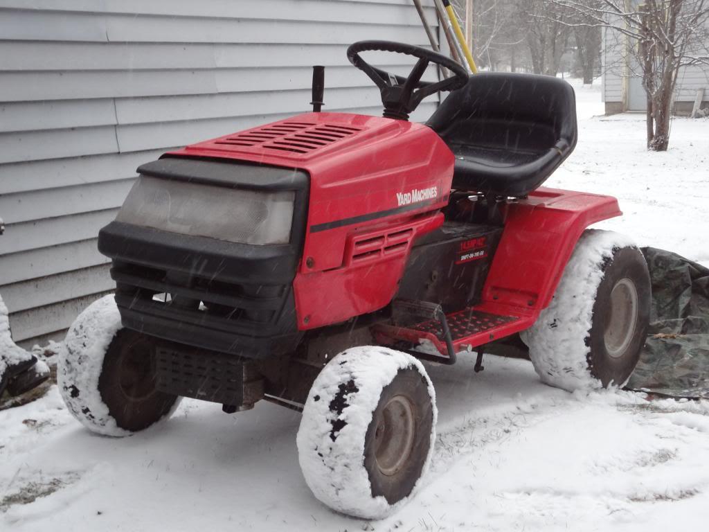 MTD Lawn Machine Mudder!!!! DSC00823