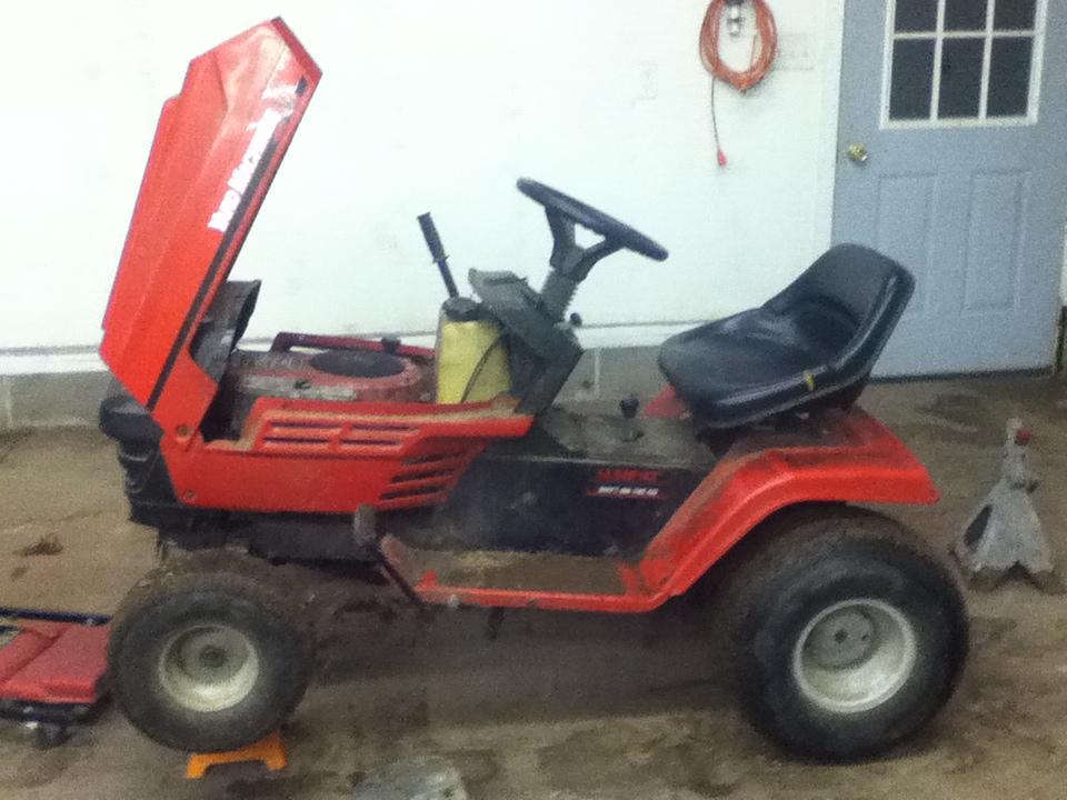 MTD Lawn Machine Mudder!!!! IMG_0368