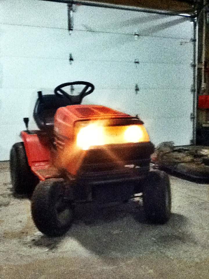 MTD Lawn Machine Mudder!!!! IMG_0371-1