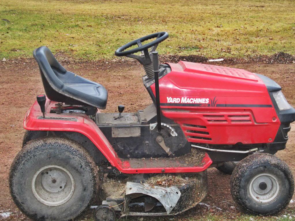 MTD Lawn Machine Mudder!!!! IMG_4134