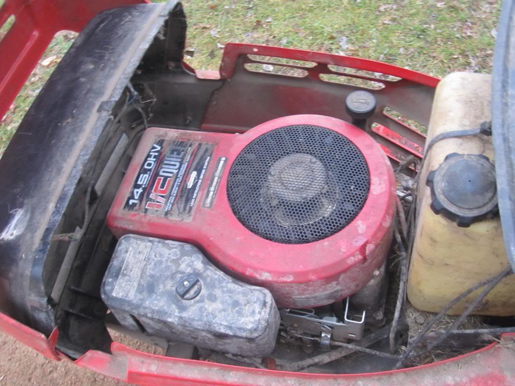 MTD Lawn Machine Mudder!!!! IMG_4137