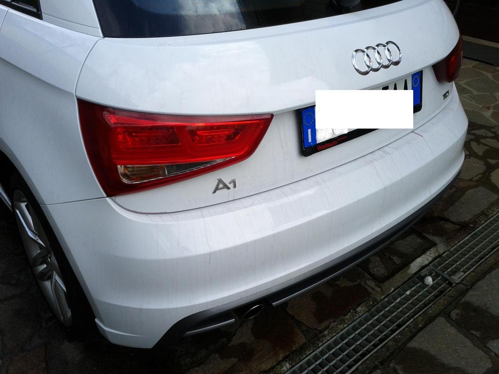 Audi A1 bianco metalizzato: prima sessione di detailing. giudizio? IMG_20140727_163229_zps272ae670