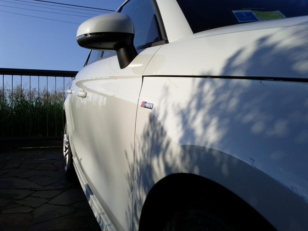 Audi A1 bianco metalizzato: prima sessione di detailing. giudizio? IMG_20140727_183440_zpse1370fa6